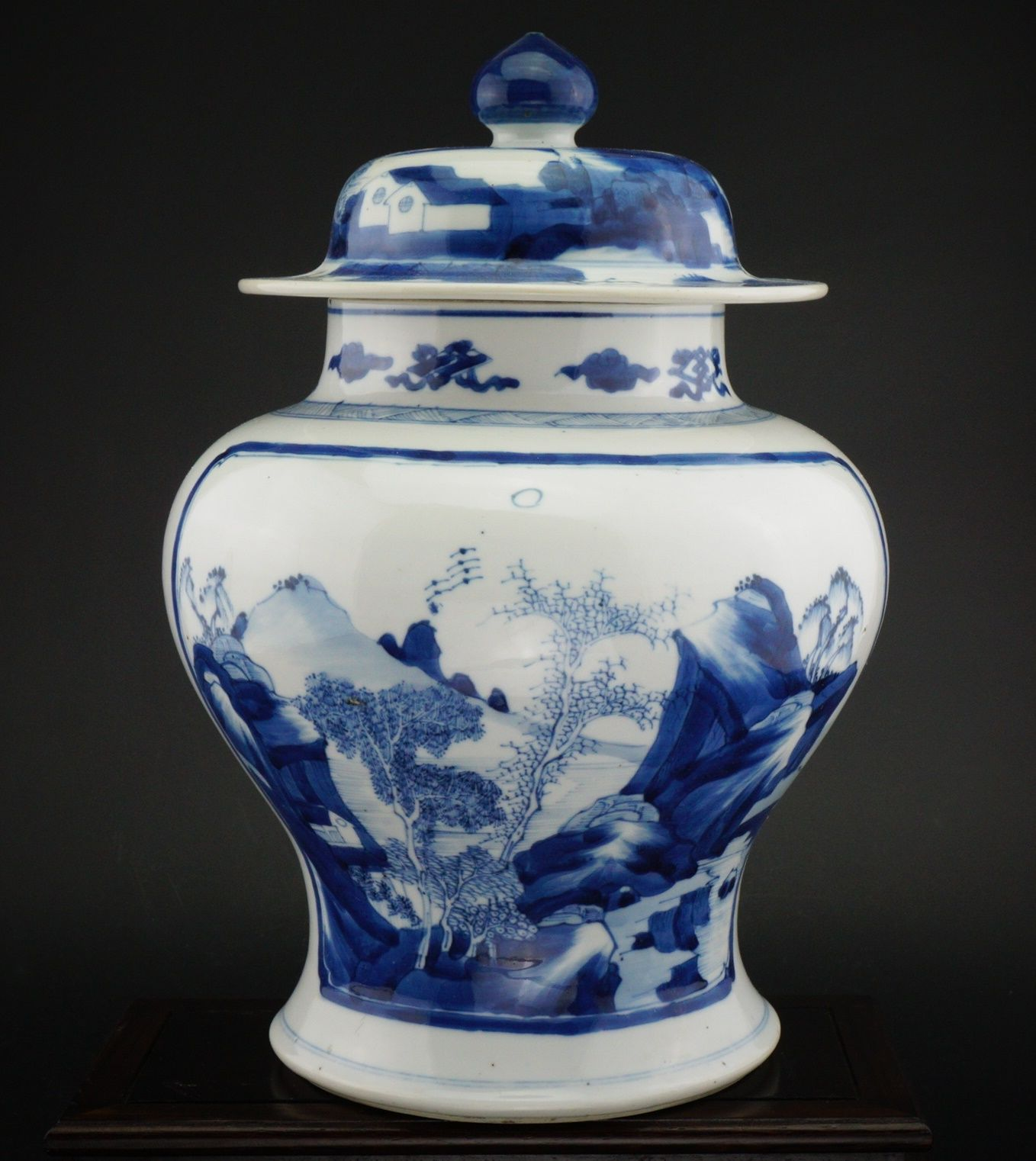 Antique 18th C Chinese Blue And White Porcelain Qing Vase